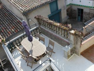 Maison de Maitre 5 bed in a town near Carcassonne, Bram