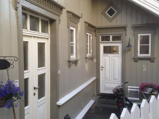 House for rent, walking distance town senter, Arendal