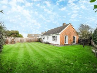 Contemporary bungalow with large garden, West Wittering