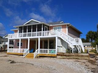 204 Palmetto Blvd.- 'Sea Rock', Isla de Edisto