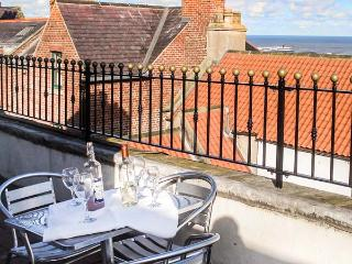 THE CAPTAIN'S HIDEAWAY, pet friendly, character holiday cottage in Whitby, Ref