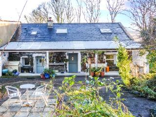 COTTAGE KILLE ABBEY, quiet location, two sitting areas, variety of activities, Kilmaine, Ref 932762