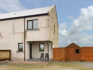STUDIO APARTMENT, ideal base for a couple or individual, WiFi, garden, near Coachford and Cork, Ref 933661
