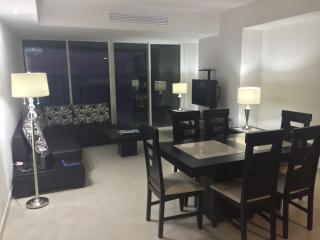 Apartamento de lujo, 1 habitación, frente al mar