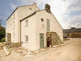 THE STABLE, WiFi, en-suite, garden, quality accommodation in Gilling West Ref 934811, Yorkshire