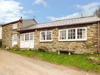 TREVERBYN SMITHY, semi-detached, woodburner, pet-friendly, WiFi, field, near