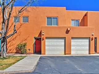 2BR Moab Townhome w/Red Rock Views!