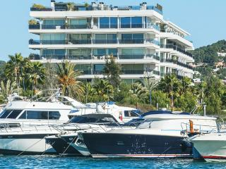 Fantastic apartment marina ibiza, Ibiza Town