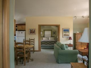 OUR LOWEST RATES PLUS 3RD NIGHT FREE! OCT. -, Friday Harbor