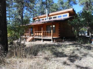 La Plata Mountains Cabins - 2 Cozy Log Cabins near Mesa Verde NP in SW Colorado