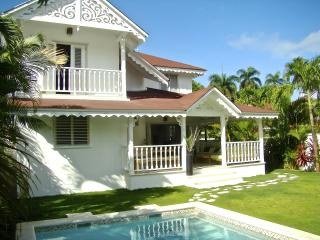 Villa Jona at Playa Las Ballenas and Fisherman's Town, Las Terrenas
