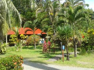 NIRVANA ECOLODGE, Cahuita