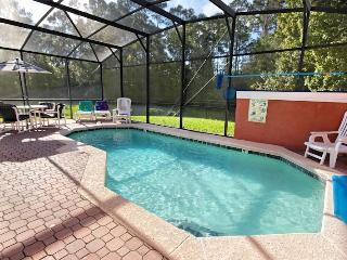 Gorgeous 4 Bedroom Townhouse in park like setting, Kissimmee