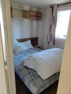 de nombreuses solutions pour se reposer : 3 chambres , 1 canapé lit..