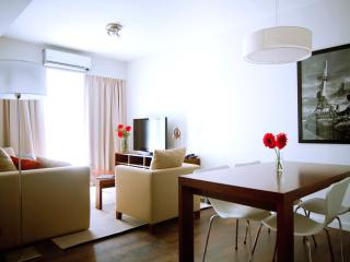 Buenos Aires - Deluxe Vacation Rental - 2G - 1BR