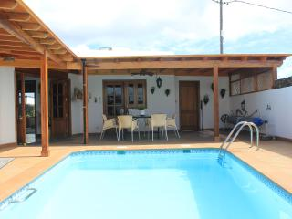 Charming villa located in peaceful El Mojon, 10 mins to C.Teguise  Ref LVC202838