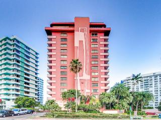 Beachfront condo with two shared swimming pools and a restaurant on-site!