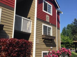Furnished 2-Bedroom Apartment at S Meridian & 21st Ave SW Puyallup