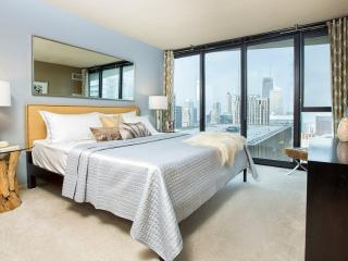 Outstanding 1 Bedroom Apartment in Chicago - Impressive High Rise Building