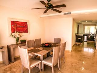 Cosmo Residences 7B-2, Huatulco