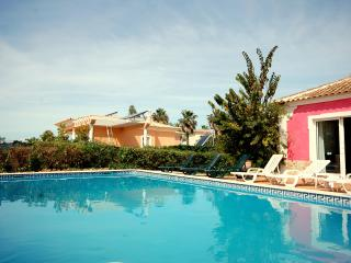 Villa Sunset - amazing villa with swimming pool, Almancil