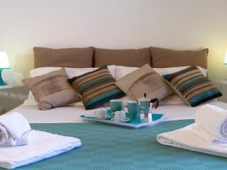 TAORMINA STUDIO APARTMENTS 312