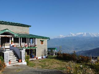 "Aashritha ""The Heritage Home Stay"", Kausani"