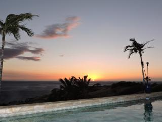 House Of Singing Whales - Panoramic Ocean 3bd Home, Huge Lanai, Private Pool/Spa
