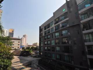 5Bedroom @ MRT Queen Sirikit 7Pax