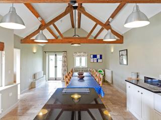 Stunning Barn Conversion Set on the Edge of Chimney Meadows Nature Reserve