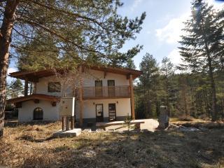 Villa Paradise, Smizany