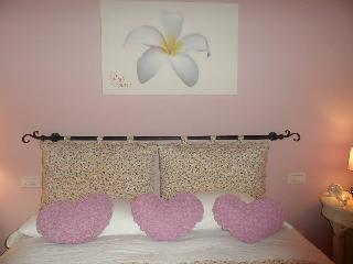 beb petali rosa: camera Gelsomino