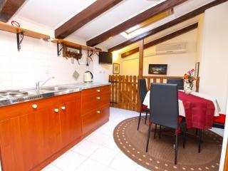 Apartment 4158