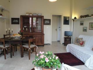 Viareggio near Sea with Private Garden for 5 sleep