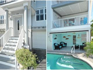 Spectacular Private Two Bedroom Apartment  75 Steps to Beach, Anna Maria Island