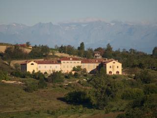 Moncalvo garden apartment La Famulenta 10