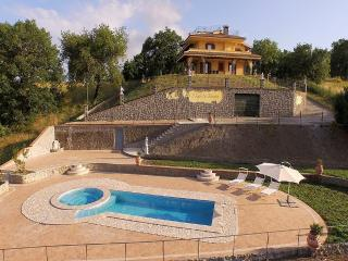 3 bedroom Villa in Montefiascone, Latium, Italy : ref 5229610