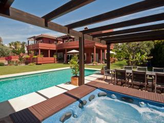 Luxury beachside Villa Marbella, Elviria