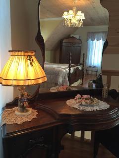 1920 deco bedroom suite