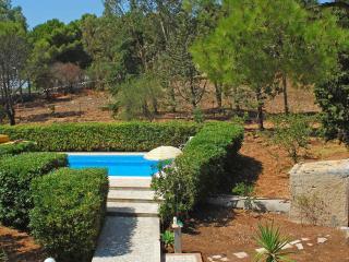 Villa con Piscina e campo da tennis, Avola