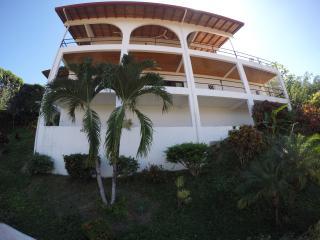 Casa Galicia, Quepos