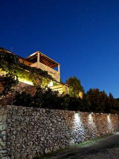 Natt foto över huset