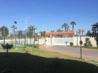 Apartamento 2 hab.Primera línea de playa y piscina, Almerimar