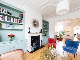 A stylish and bright home in the heart of West London