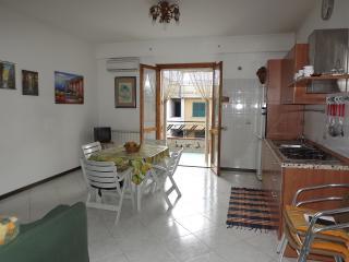 Casa Fronte Mare Vista Vulcano Etna Zona Turistica/Residenziale