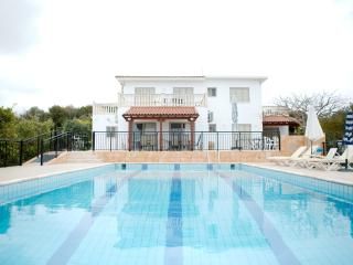 Villa Coral Sunset-  Stunning Panoramic Sea Views, Paphos