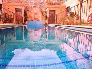 Casa San Juan - Antigua's Central Hidden Secret w/ pool (3 of 4) + Free Night