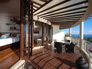 2BR Apartment with Rooftop!, Ko Phangan