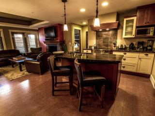 Luxury Canmore 2 Bedroom Preferred Extra Spacious Condo