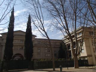 La résidence Le France, d'inspiration gréco-romaine.